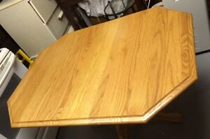 Solid Oak Dining Table & Chairs Cambridge Kitchener Area image 2