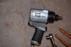 Reduced!  Stanley Air gun for sale in Riverbend $80