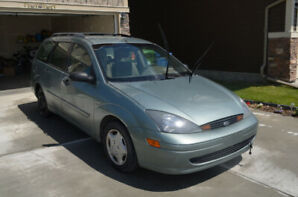 Fully loaded & Automatic - 2003 Ford Focus SE Wagon