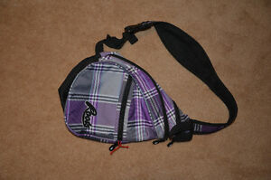 Roots purple sling bag