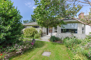 SOLD!!!!Rancher Style Character Home in Chilliwack BC Large Lot!