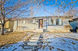 BEAUTIFUL NEWLY RENOVATED HOME WITH RIVER VIEWS!