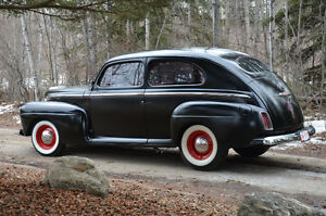 1948 Ford Deluxe Hotrod
