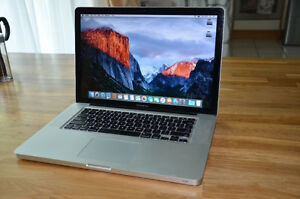 "MACBOOK PTO i5 2.40GHZ,4GB,500GB,,WIFI,WEBCAM,13"",MINT CONDITION"