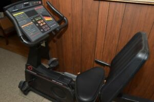 Exercise Bike (for Free-Peddling, Parts or Repair)