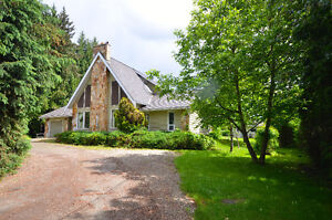 Gorgeous Hobby Farm - Waiting for You in Coldstream!