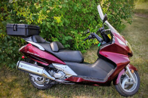 2009 Honda Silver Wing 600cc For Sale, Only 16,500km!!!