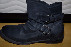 Shoes and Boots size 8 new without tags