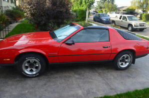 ------2 Owner RS camaro----Unbelievable Condition-------