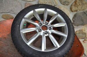 4 pneus d'hiver Pirelli avec mags