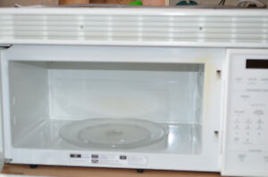 Microwave oven and Vent