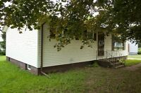 IMMEDIATELY or OCTOBER 1st !!! BEAUTIFUL 3 BEDROOM BUNGALOW
