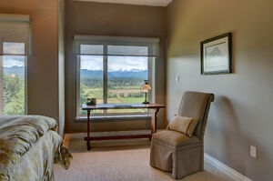 Spacious & Luxurious Suite with Magnificent View Comox / Courtenay / Cumberland Comox Valley Area image 7
