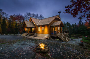 Executive True North Log Home on Muskoka River