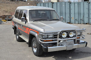1988 HJ61 Toyota Land Cruiser VX 5 speed H55F 12HT Diesel 120k