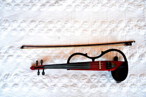 Yamaha Silent/Electric Violin with case