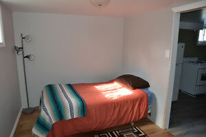 Newly Renovated 2 Bedroom Walking Distance to LU