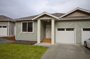3 bedroom available at Westwood Lake