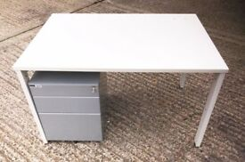 *** CHEAPER 1.2cm - White Desks ***
