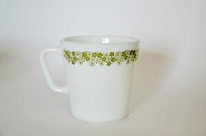 3 tasses vintage Pyrex milk glass décorées de fleurs vertes Gatineau Ottawa / Gatineau Area image 3