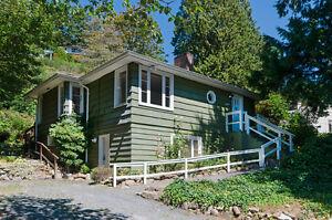 4051 Rose Crescent House For sale: 4 bedroom 1722 sq.ft.