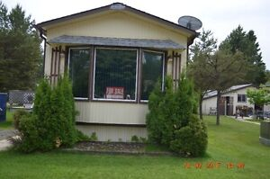 Mobile Home for Sale in 55 Plus Park at Happyland near Kakabeka