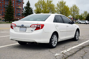 2012 Toyota Camry Hybrid XLE+Clean CarProof+only 45,600kms