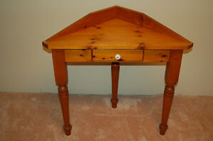 Pine Corner Table Kitchener / Waterloo Kitchener Area image 1