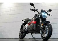 E-H0rnet 4000w Electric Scooter / Motorbike 50MPH, 50 Miles Distance 125cc