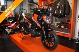 2017 KTM 125 DUKE 17 TOURING***FULLY LOADED***