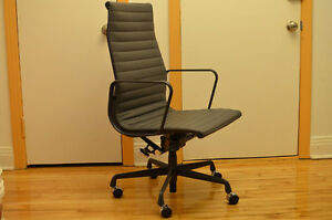 Eames Aluminum Group Executive Chair Graphite Leather Like new