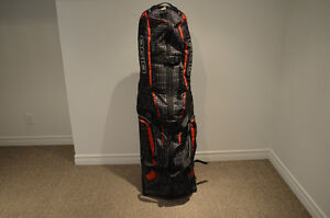 Ogio Golf travel bag only used 1 time West Island Greater Montréal image 1