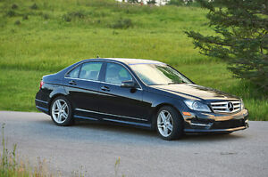 2012 Mercedes-Benz 300-Series Sedan