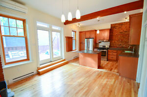 Completely Renovated 4 bedroom/3 full bathroom in St-Henri!