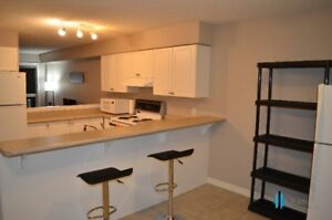 *Students welcome* Spacious 5 BDRM Townhouse