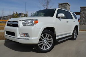 2013 Toyota 4Runner LIMITED - Immaculate