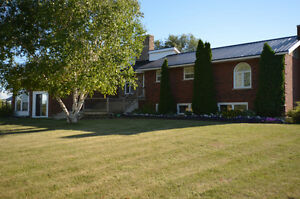 LOVELY CONTEMPORARY HOME! 29 Taylors Road, Little Britain, ON