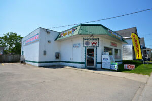 BUSINESS, BUILDING AND LAND for SALE under $210K!