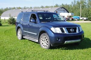 2009 Nissan Pathfinder for sale. Strathcona County Edmonton Area image 2