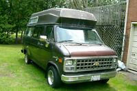 1982 CHEVROLET CLASS B MOTORHOME -CAMPER VAN FOR PARTS