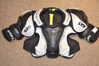 Épaulette de hocket junior Easton S19 de très bonne qualité