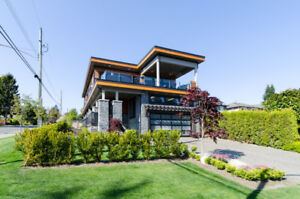 Ocean View Luxury 6 Bedroom House - Furnished - White Rock