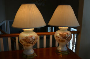 Lovely Set of Ginger Jar Style Lamps