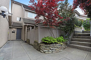 Townhouse North Vancouver for Sale. 3 bed, 3 baths