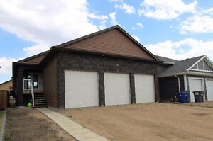Have $5000, we can approve you! Wheelchair Access! Huge garage