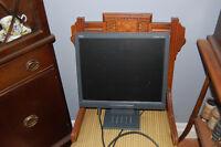 "NEC 17"" lcd monitor"