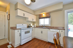 Large 3 bd house, South London, with a pool, great price London Ontario image 3