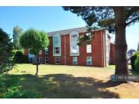 2 bedroom flat in Fairpark Road, Exeter, EX2 (2 bed)