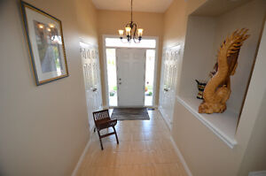GORGEOUS BUNGALOW - 31 South Harbour Drive, Bobcaygeon, ON Kawartha Lakes Peterborough Area image 2