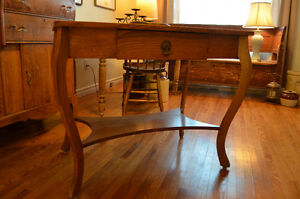 Lovely antique solid light oak table with single drawer